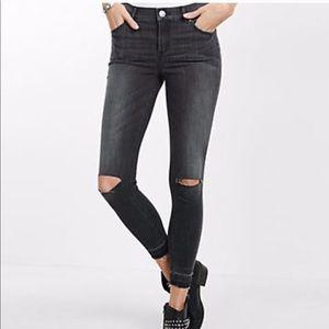 High Rise Slit Knee Distressed Wash Raw Hem Jeans